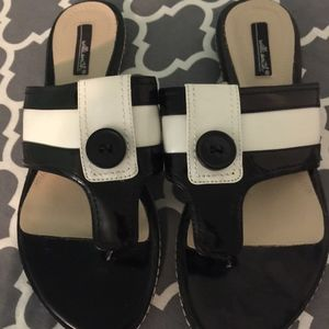 New Will Smith black and white sandals size 7.5